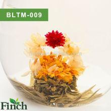100% handgemachte chinesische Fujian grüner Tee basierte Aromatisierter blühender blühender Tee-Ball (Shui Zhong Hua Lan)