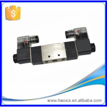 Two Position Five Way DC24V Pneumatic Double Solenoid Valve 4V220-08