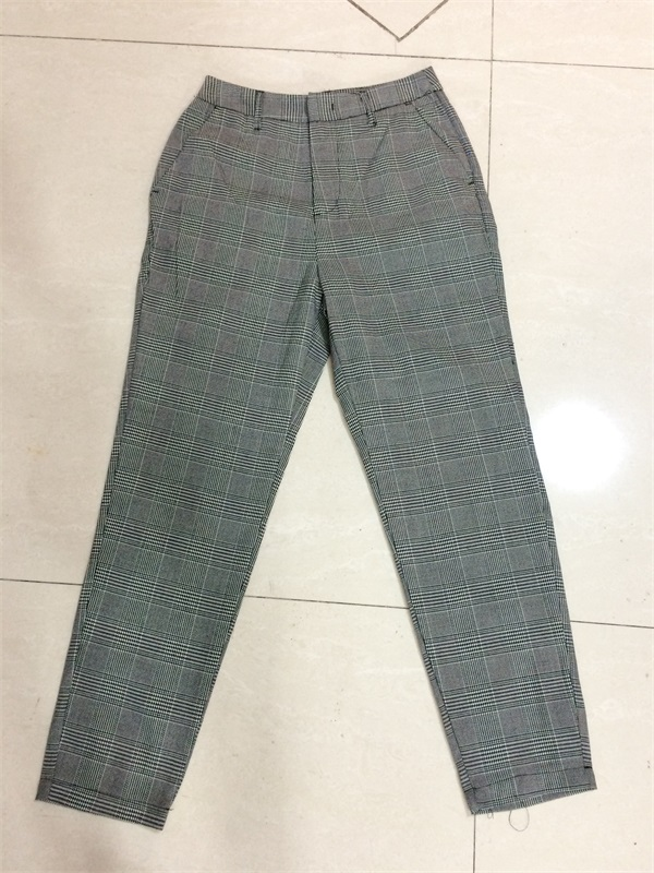 Woman Comfortable Check Pants
