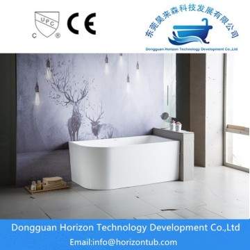 Modern Tub Design in White acrylic