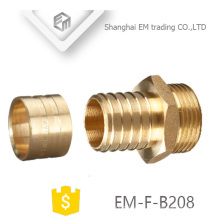 EM-F-B208 Rosca de unión de tubería de pex de unión reductora de latón