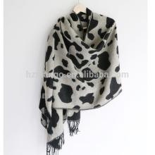 2016 lastest reversible cow grain leopard heavy winter acrylic scarf