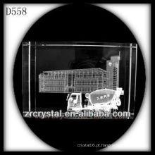 K9 3D Laser Building e carro dentro retângulo de cristal