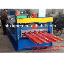 El nuevo tipo hidráulico del metal de la ISO presiona el rollo frío 686 del panel de techo del acero de hoja del hierro que forma la máquina para la venta