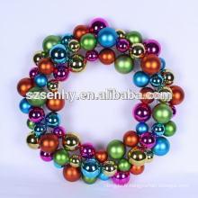 Les couronnes de boules de noël ressentent la décoration de Noël idées cadeaux uniques