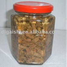 Cogumelos em conserva em óleo