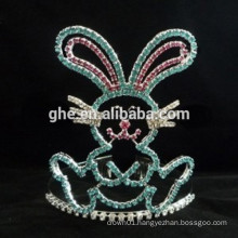 2015 Cartoon in the shape of the crown or tiara