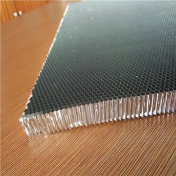 Núcleo de aluminio para puerta de aluminio