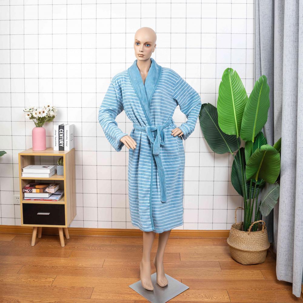 Woman Bath 00004 3