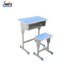 Schulmöbel Stuhl und Schreibtisch Einzeltisch