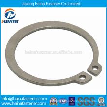 Proveedor Chino Mejor Precio DIN471 Acero al carbono / acero inoxidable Anillos de retención para ejes-tipo normal y tipo pesado