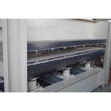 Holz-Heißpressmaschine für Tür mit Deckfolie