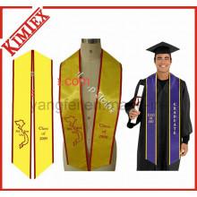 Logotipo do bordado da tela do cetim da universidade