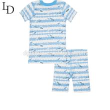 Features printing custom couples family pajamas