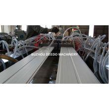 Chaîne de production de panneau de mur de plafond de PVC