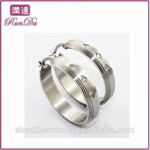 Alibaba new arrival single diamond earrings