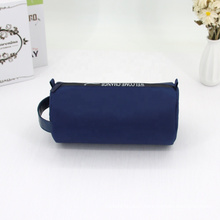 Waterproof Nylon Toiletry Bag With Letters Printing Zipper Cheap Round Cosmetic Makeup Bag For Men