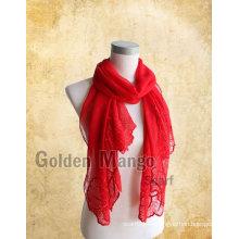 Bufandas de seda bordadas a la moda