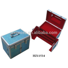 aluminum hairdressing case with 3 drawers and a mirror inside