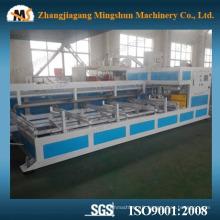 Machine de soufflage de tuyaux en PVC entièrement automatique Sgk-63