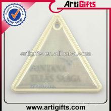Cintre pvc réfléchissant triangle