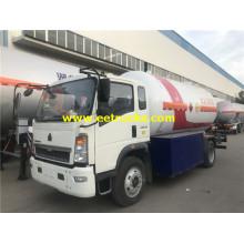 Camión cisterna con dispensador de propano de 5000 litros 4x2