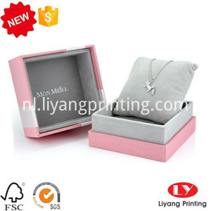 necklace box with lid