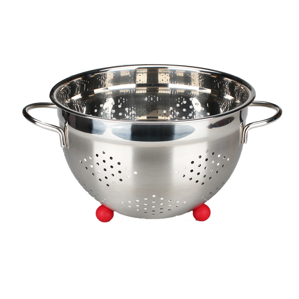 Silver Colander With Comfortable Handle