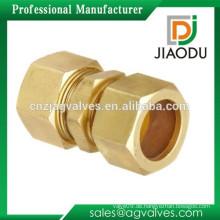 Gute Qualität und niedrige Preis geschmiedete gelbe Messing Farbe metrische Kompression Rohrverschraubungen für Wasser