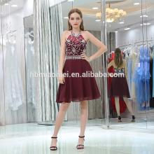 2017 haut de gamme foncé rouge robe de bal de la dame courte licol sexy backless perlée robe de soirée brésilienne