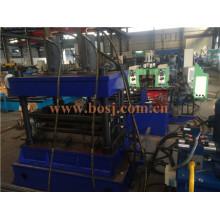Almacén de servicio medio Almacenaje del neumático Rodillo del metal de la pipa que forma la máquina de producción Singpore