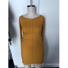 Вязаное платье-футляр с длинными рукавами