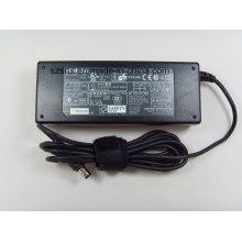 Adaptateur AC / DC Toshiba 15V 5A 75W PA2438u PA3215u-1aca PA3241u-2aca PA-1750-07 PA-1750-08 Alimentation