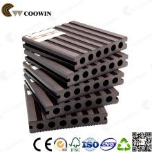 WPC café Fsc / Ce / SGS / ISO en plastique creux composite Decking Flooring 140X25mm