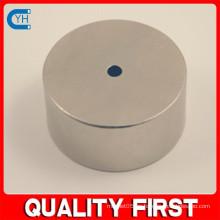 Fabricado en China Fabricante y fábrica $ Proveedor Imán de neodimio de cilindro de alta calidad con pequeño orificio