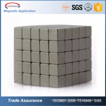 Kundenspezifische Permanentmagnetwerkstoffe / Permanentmagneten