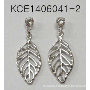 Leaf Earrings with Metal for Fashion Lady