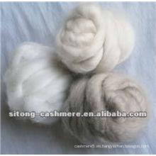 Encimeras de fibra de cachemira depiladas en gris claro puro