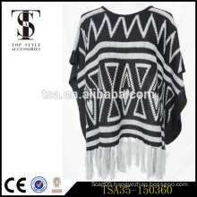 jersey plain dyed geometric triangle black and white acrylic scarf with long white tassels