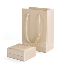Brothersbox manufacturer Wholesale custom paper bag for gift jewelry cosmetic packaging