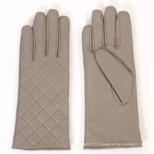 Lady Fashion Checked Pattern Leather Driving Gloves (YKY5163)