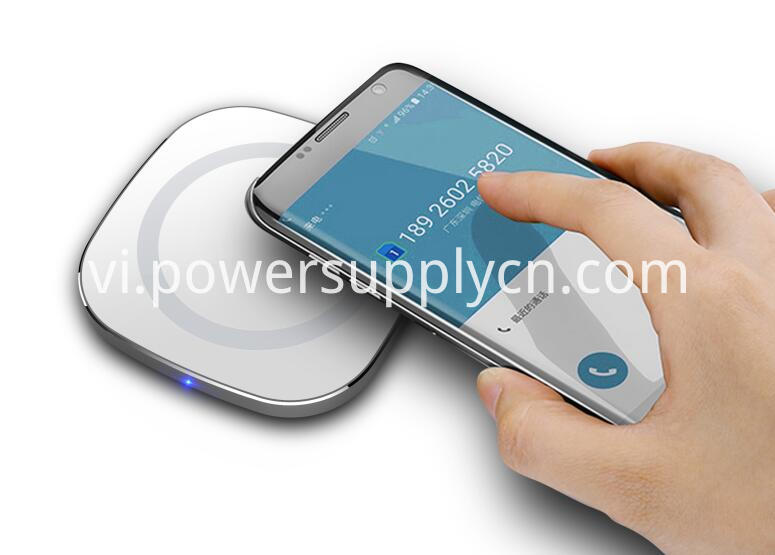 Aluminium Alloy 10w Wireless Charging Pad
