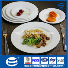Platos de cena de servicio de mesa de hotel, placa de pasta de cerámica blanca, plato de carne, plato de postre