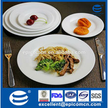 Обеденные тарелки сервировки стола, белая керамическая тарелка макаронных изделий, пластина стейка, десертная тарелка