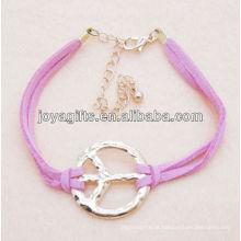Pulseira de couro rosa com símbolo de paz liga