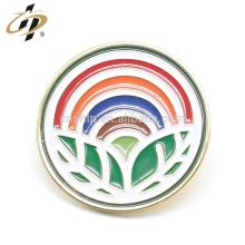 Shuanghua fabrique des épingles en métal arc-en-ciel en émail