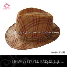 Chapeau bon marché fabriqué en polyester