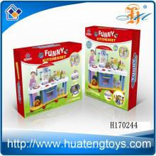 Hochwertige ungiftige Kunststoff Küchen-Tool-Set Spielzeug für Kinder spielen Set Spielzeug zum Verkauf