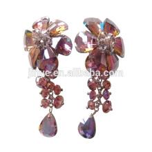 Clip de fleur en cristal coloré de luxe de Bling Bling sur des boucles d'oreille pour le spectacle ou la partie