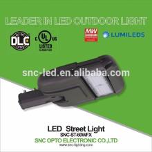 Lumière réglable de secteur 60w LED d'UL DLC de bras réglable avec le protecteur de montée subite